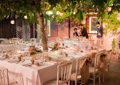 terrasse couverte pour salle de reception de mariage
